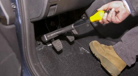 Antifurto meccanico per auto: funziona bene? I 5 migliori modelli