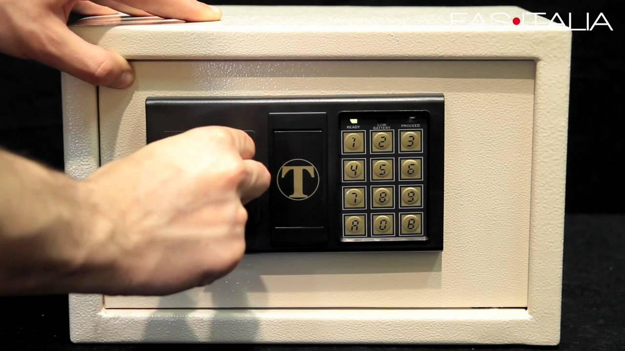 Casseforti a combinazione elettronica per Alberghi - YouTube